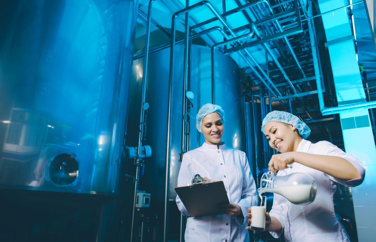 Laborban dolgozó nők