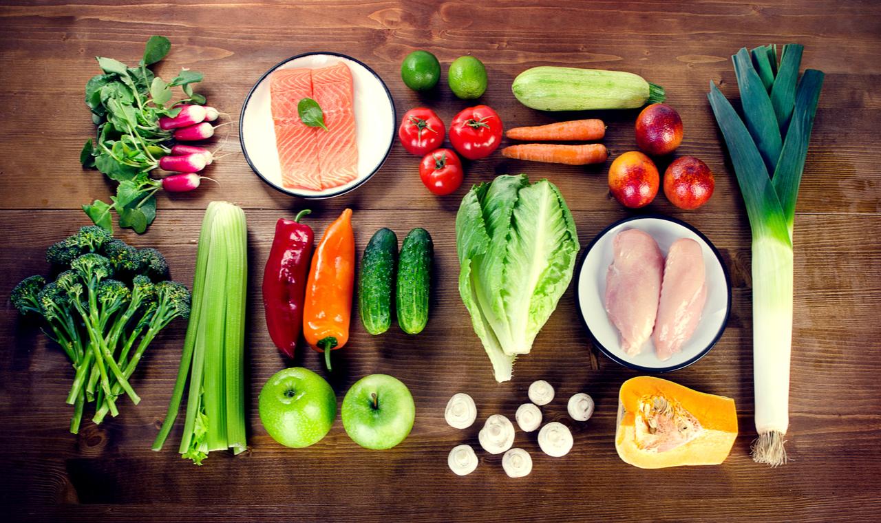 Zöldségek, gyümölcsök, húsok